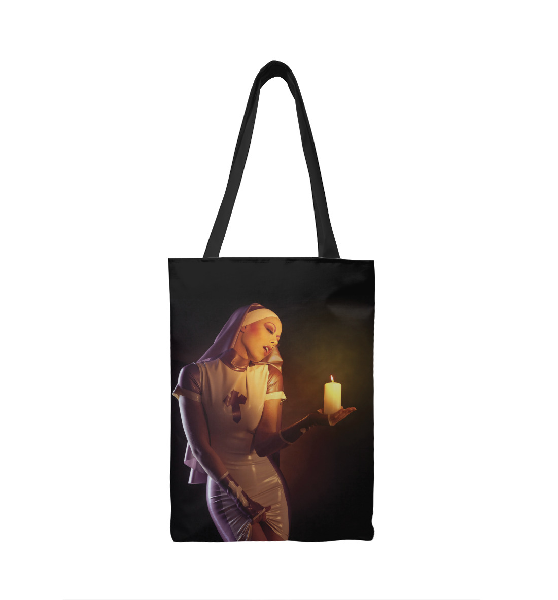 Монашка со свечой