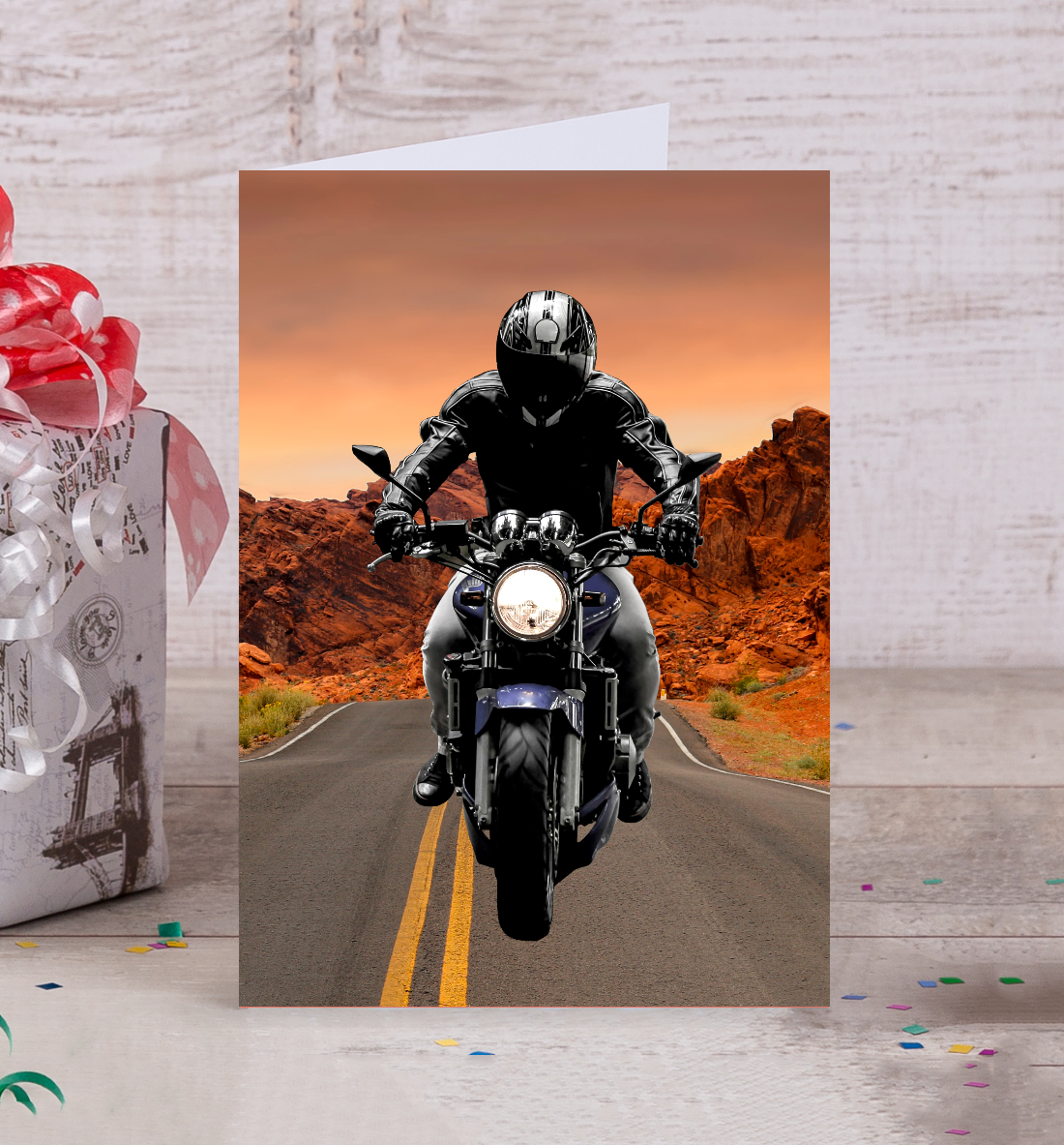 Открытка мотоциклистке, день